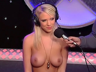 Babe Blonde Cute Pornstar