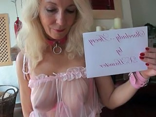 Blond Slavelady Avery is educated for sex resulting floozie