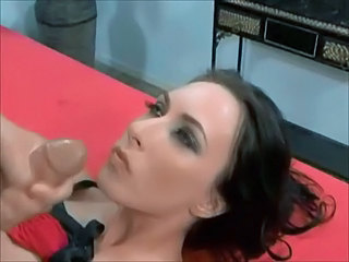 Amazing Facial MILF