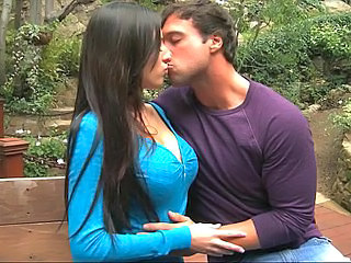 Babe Big Tits Brunette Girlfriend Kissing Outdoor