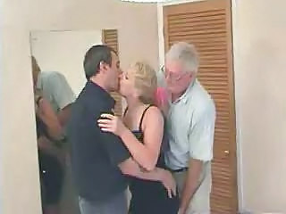 Mature Swingers Threesome