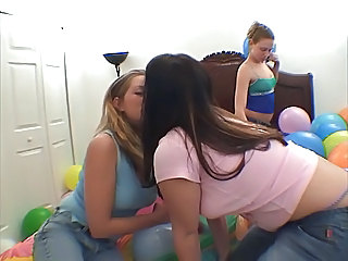 Cute Kissing Lesbian Threesome