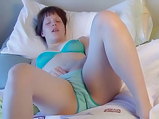 Brunette Gilian Plays With Her Hairy Pussy