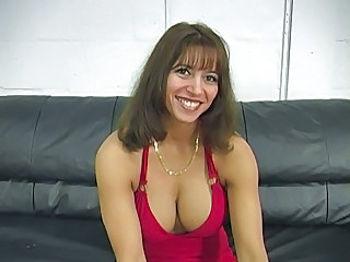 Amateur Mature MILF Natural