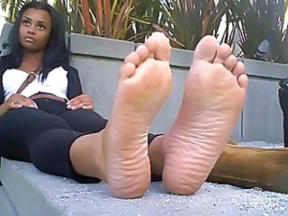 Babe Ebony Feet Fetish