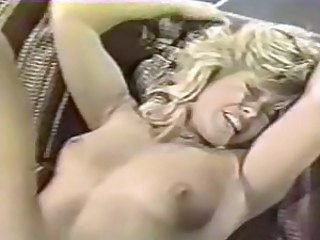 Blonde Hardcore MILF Orgasm Vintage Wife