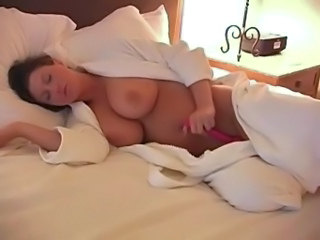Big Tits Brunette Masturbating Mature Mom Toy