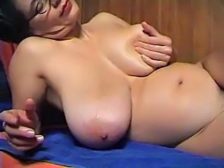 Big Tits Chubby Glasses Mature Natural SaggyTits Solo