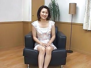 Amateur Asian MILF