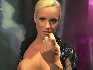 Blond Tysk Latex MILF