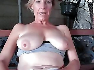 Masturbating Mature SaggyTits