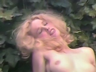 Anal MILF Outdoor Small Tits Vintage