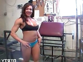 Latina MILF Muscled Sport