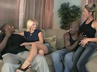Groupsex Interracial MILF