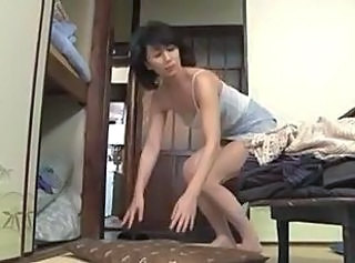 Amateur Asian Mature MILF