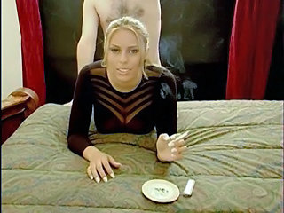 Amateur Doggystyle MILF Smoking