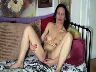 Hairy Masturbating Mature SaggyTits