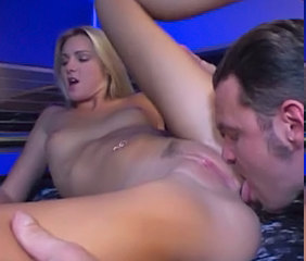 Amazing Blonde Licking Pussy Shaved Teen