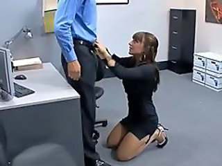 Babe Blowjob Office Secretary