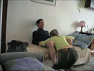Blowjob Homemade Mom
