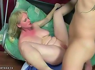 Amateur Extreme Mature SaggyTits