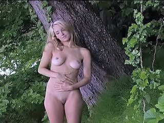 Babe Cute Nudist Outdoor Teen