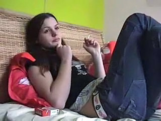 Amateur Jeans Smoking Teen