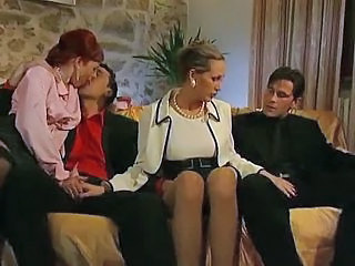Groupsex Mature Mom Old and Young