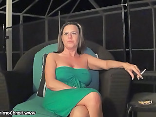 MILF Natural Smoking