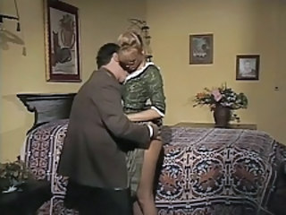 Glasses Kissing MILF Pornstar Vintage