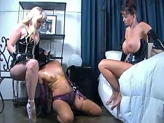 Bdsm Latex Lesbian Threesome