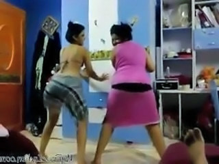 Arab Chubby Dancing Webcam