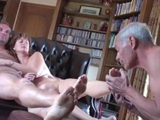 Cuckold Feet Fetish Threesome