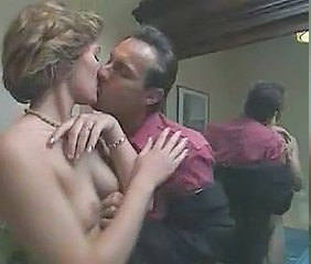 Kissing MILF Vintage