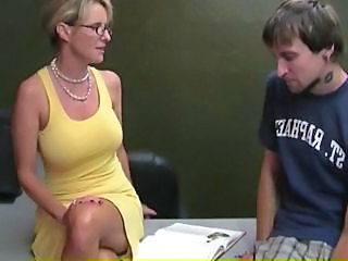 Glasses MILF Mom Natural Old and Young