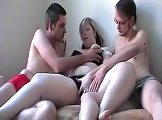 Amateur BBW German Teen Threesome
