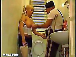 Daddy Daughter Natural Old and Young Teen Toilet
