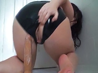 Incredibil Cur Dildo Latex