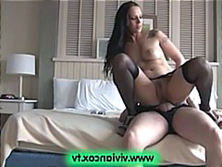Of age amateur couple goes back New York and fucks in a difficulty hotel for a creampie
