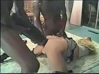 Insertion Interracial