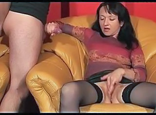 Amateur Handjob Masturbating MILF Stockings