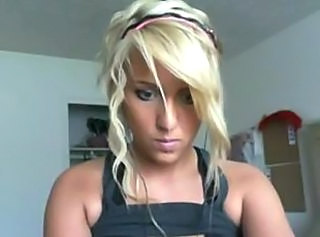 Blonde Cute Teen Webcam
