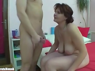 Big Tits Mature Old and Young SaggyTits