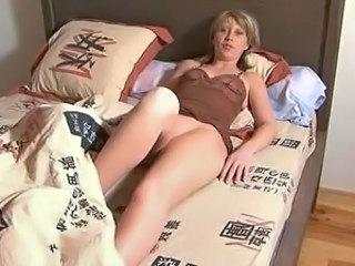 Amateur MILF Wife