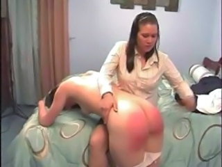 Amateur Ass Mom Spanking