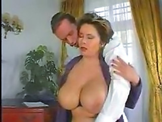 Big Tits Bus MILF Mom Natural Old and Young