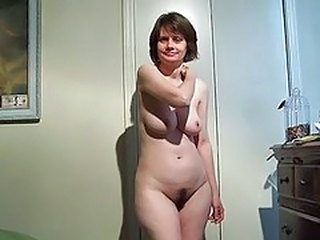 Amateur Homemade MILF Natural SaggyTits Stripper Wife