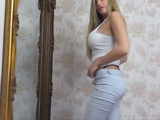 Amazing Ass Big Tits Jeans MILF