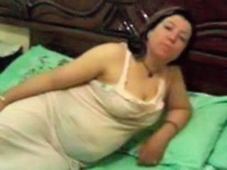 Amateur Arab BBW Mature