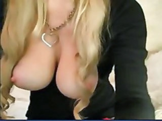 MILF Natural Nipples Webcam